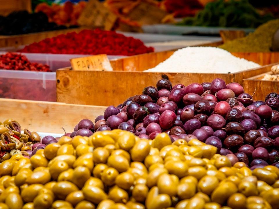 ¿Cuál Es El Precio Del Aceite De Oliva? – Aceites Llorente